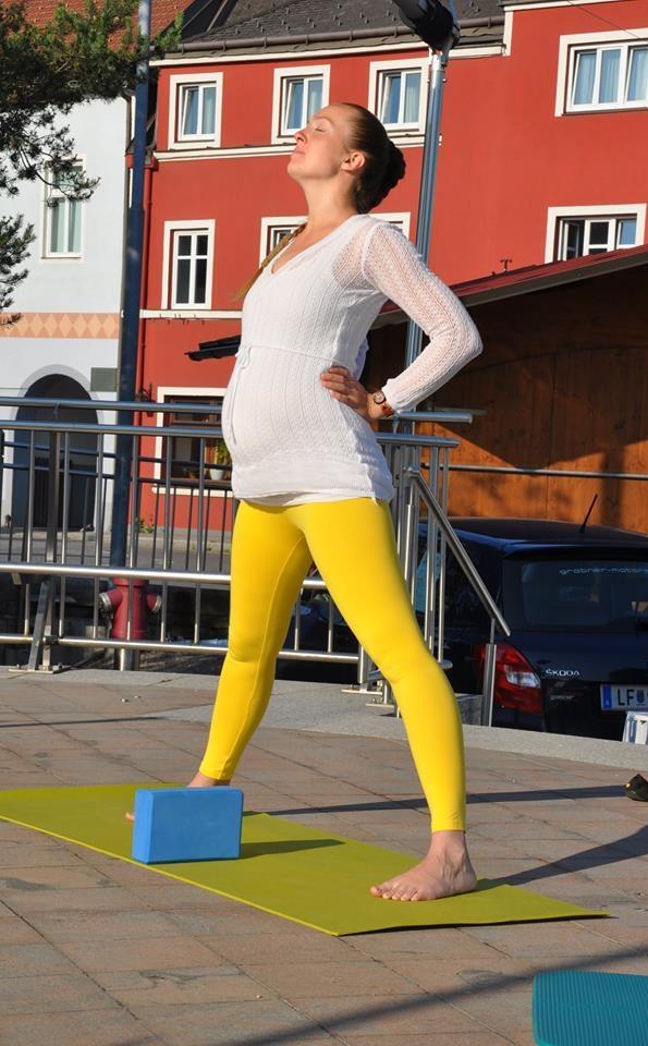 zdenka brezina - yoga (nicht nur) für schwangere